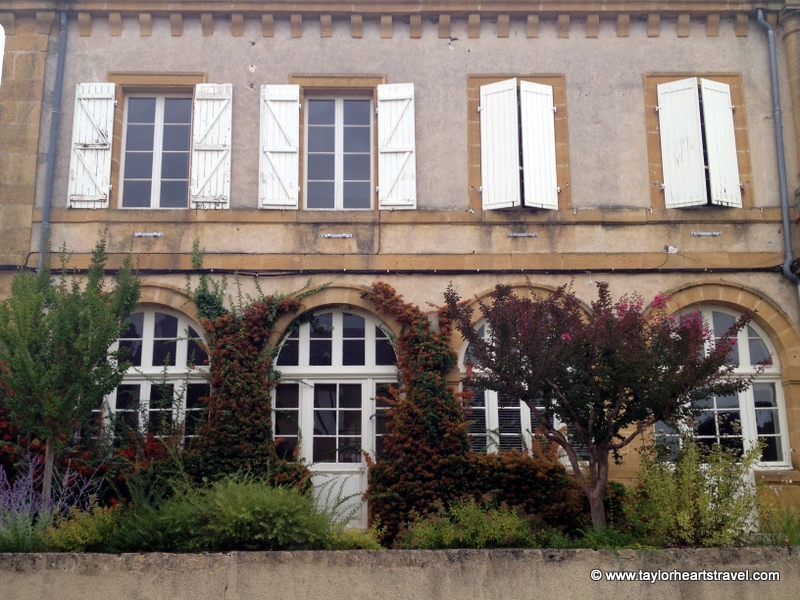 Holiday in France, French shutters, Window shutters, Cazals, Cazal, France, Lot, South West France, Photos, Photo, Pictures of Cazal, Travel Blog, Review, Blog