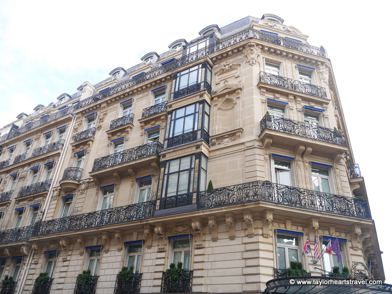 Paris 39 best kept secret hotel la tr moille taylor for Paris secret hotel