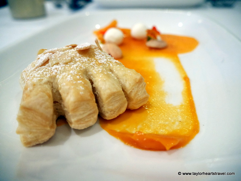 sonoma restaurants, bed and breakfasts, wine country inn, farmhouse restaurant, Farmhouse Inn Restaurant, Breakfast, bear claw pastry, bear claw