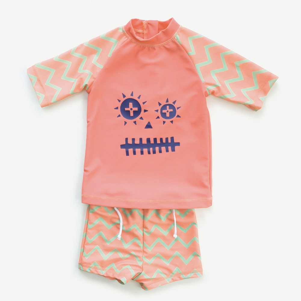Stylish babywear, travel baby, travel baby blog, family travel blog, indikidual
