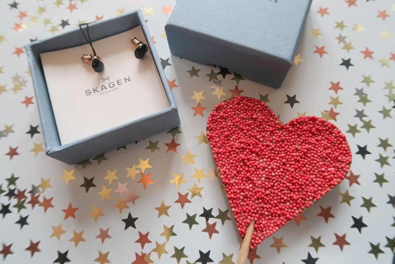 Skagen, Rose gold and onyx earrings