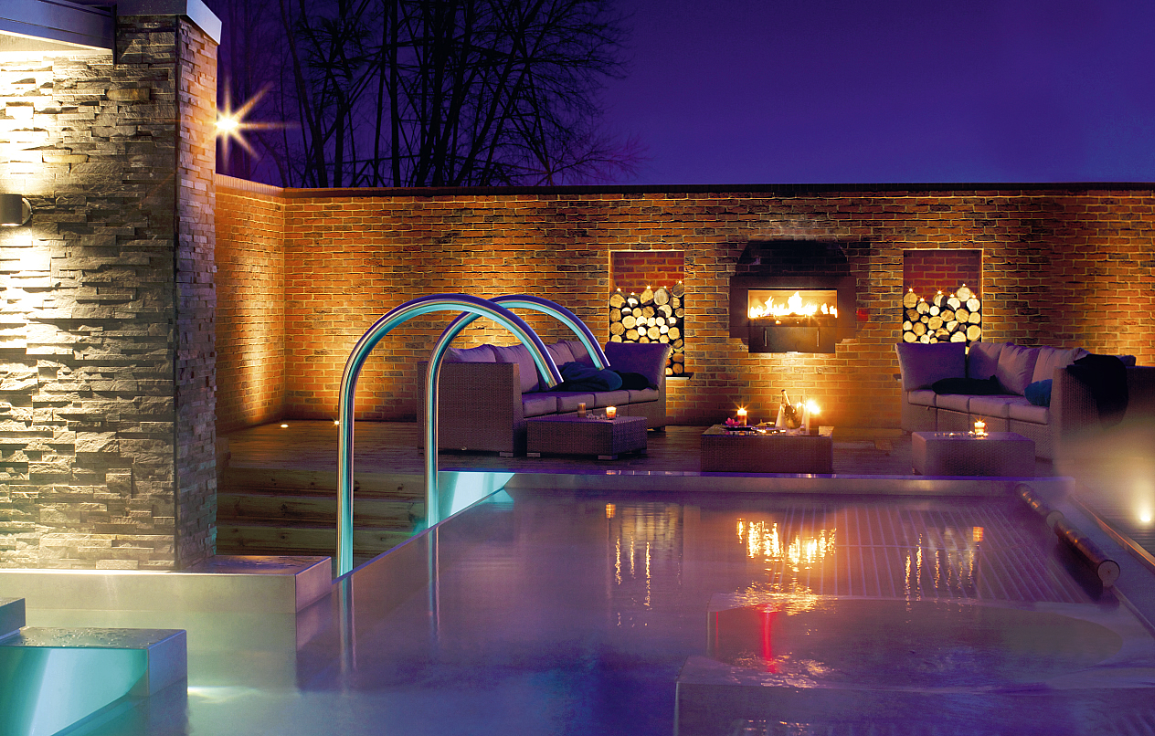 2014, Y Spa, spa, Y Spa at Wyboston Lakes, Wyboston Spa, Northamptonshire, Best spa, modern spa, cheap spa, spa break, cool spa, luxurious spa, stylish spa, outdoor pool, pool, log cabin, blog, travel blog, travel lifestyle blog, best travel blog, top travel blog, review, reviewed
