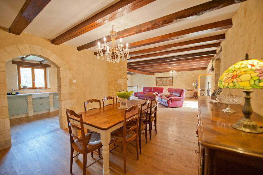 Domaine Lourejou, Pure France, Dining Room, Review