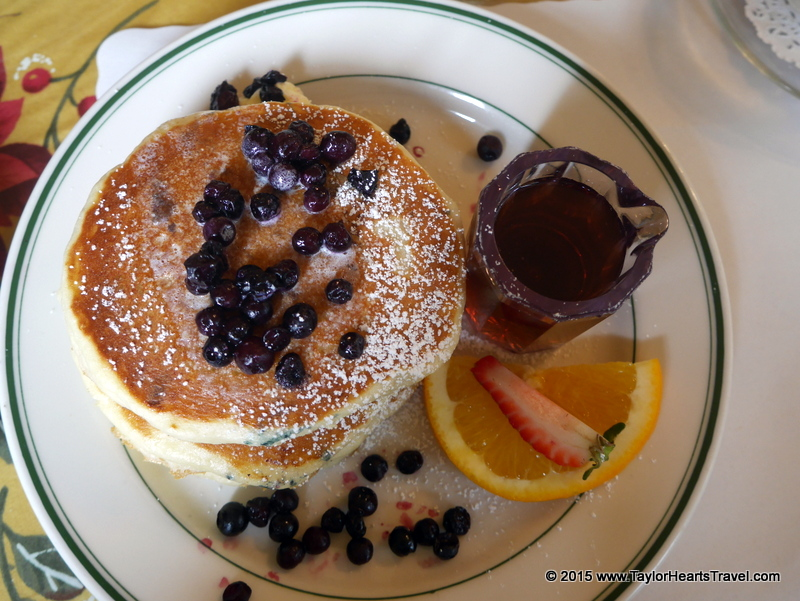 breakfast in san francisco, Pancakes, best breakfast san Francisco, Mamas San Francisco, Restaurants san Francisco, san Francisco, restaurants in san Francisco, Review, Travel lifestyle blog, Travel Blog, Taylor Hearts Travel, Travel Food blog,