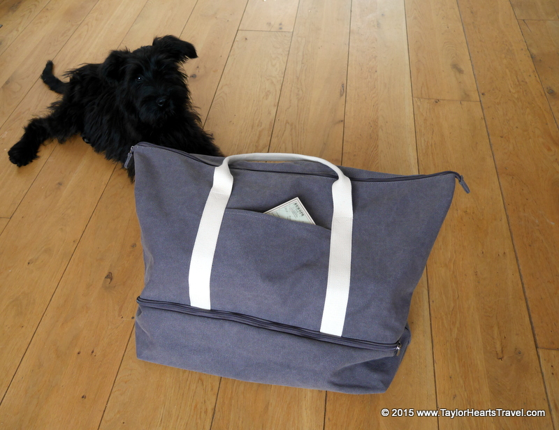 weekender bag for women, weekend bags for women, travel bags for women, Lo and Sons, Lo & sons, Weekender Bags, Weekender Bag, Weekend Bag, Thistle, Catalina, The Catalina, Review, Taylor Hearts Travel, Travel Lifestyle Blog