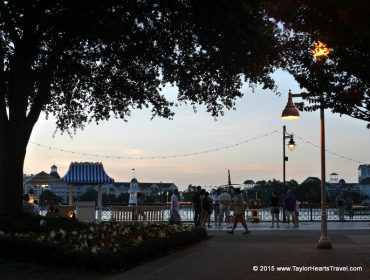 Swan and Dolphin Hotel, Swan Hotel, Review , The Swan Hotel, Hotel in Orlando, Swan Hotel Orlando, best hotels in Orlando, Orlando Florida Resorts, Swan and dolphin resort, swan dolphin, dolphin and swan, Disney's Boardwalk