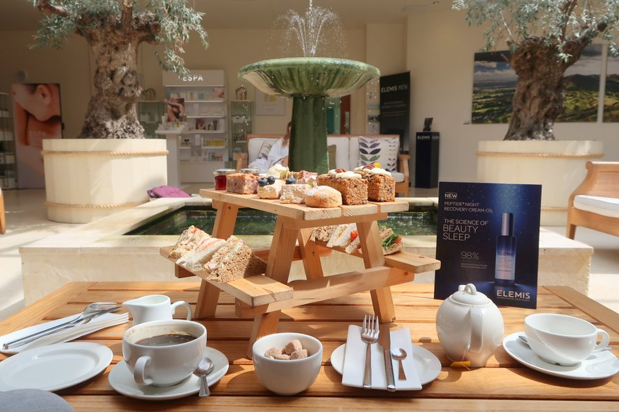 The Malvern Spa, The Malvern Spa Hotel, Review, Bedroom, Malvern, Malvern Spa, Worcestershire, Spa, afternoon tea