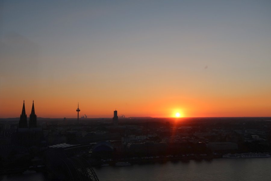 Things to do in Cologne - sunset at kolntriangle cologne